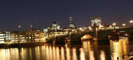 London (459)