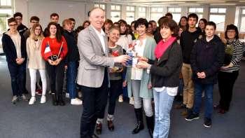 Permalink zu:Besuch französischer Austauschschüler im Rathaus