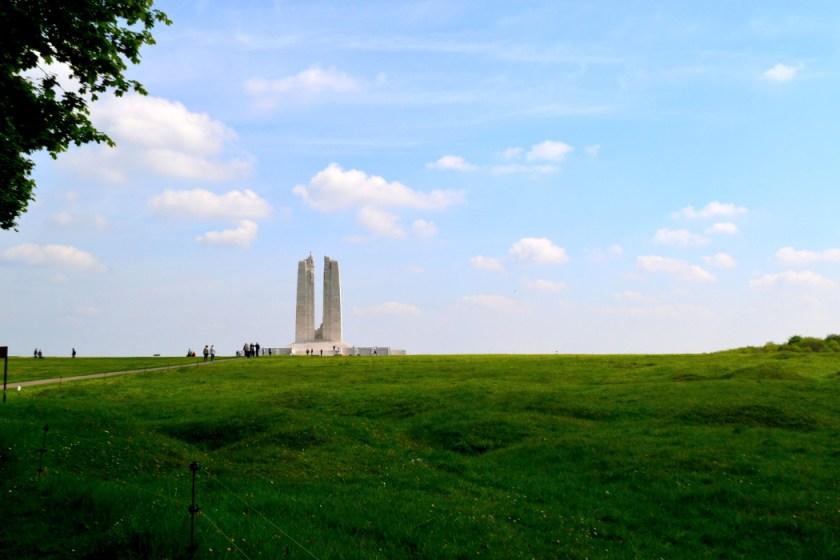 vimy-memorial-far
