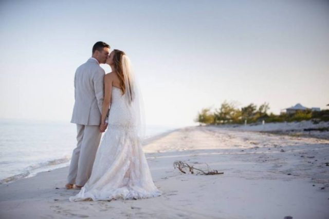 Grant and Rachel getting married in Turks and Caicos