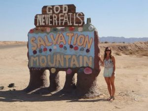 Salvation Mountain welcome sign