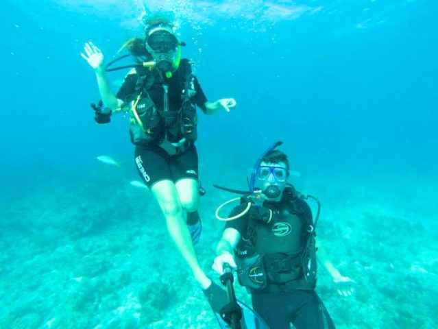 Grant and Rachel diving Isla Mujeres