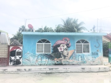holbox graffiti