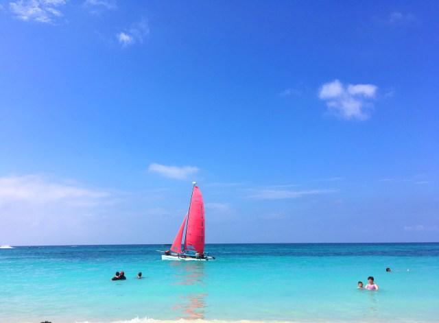 sailboat on isla baru