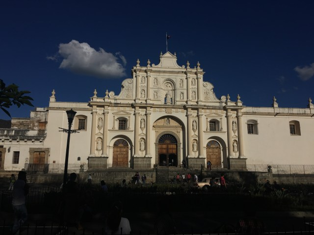 building in antigua guatemala