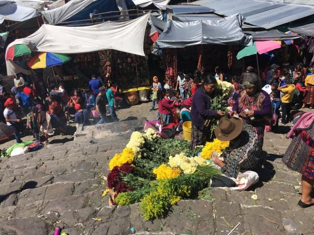 guatemala flower vendors