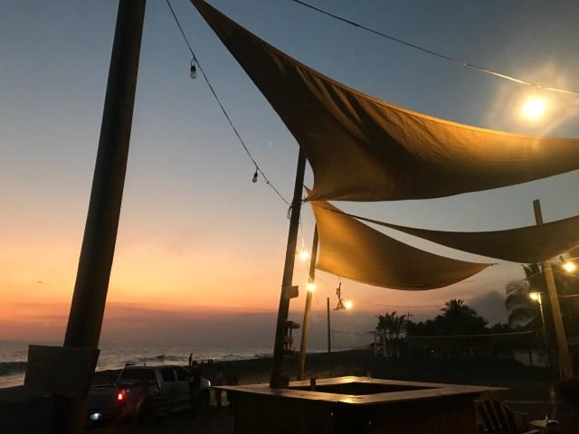 sunset monterrico