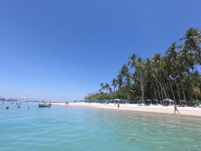 tortuga island beach