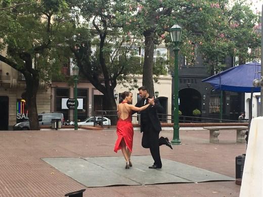 plaza dorrego tango
