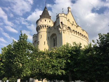 castle in brussels