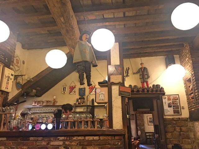 toone puppet bar