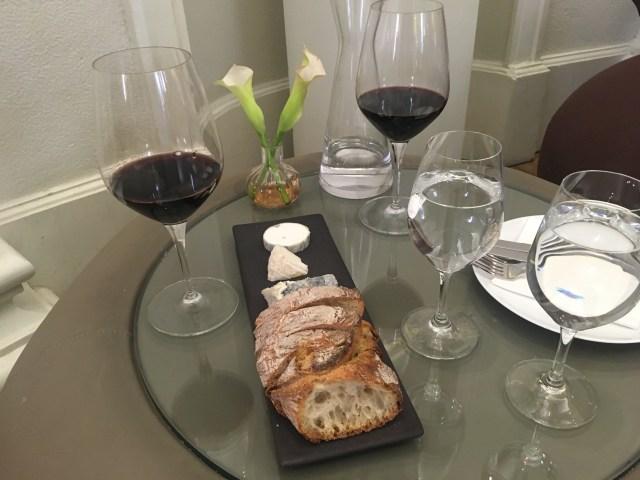 wine bar in bordeaux