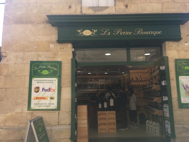 wine shop in st emilion