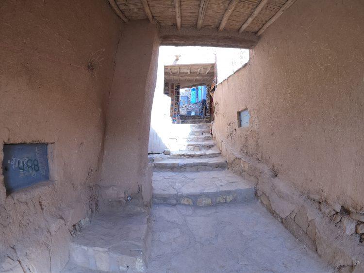 air benhaddou stairs