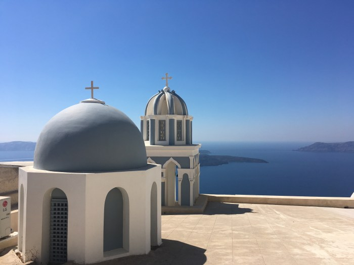 blue domes santorini