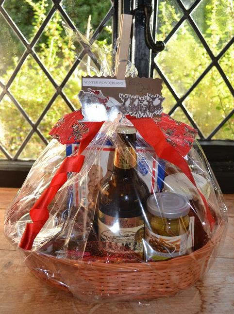 thrifty-christmas-food-hampers3