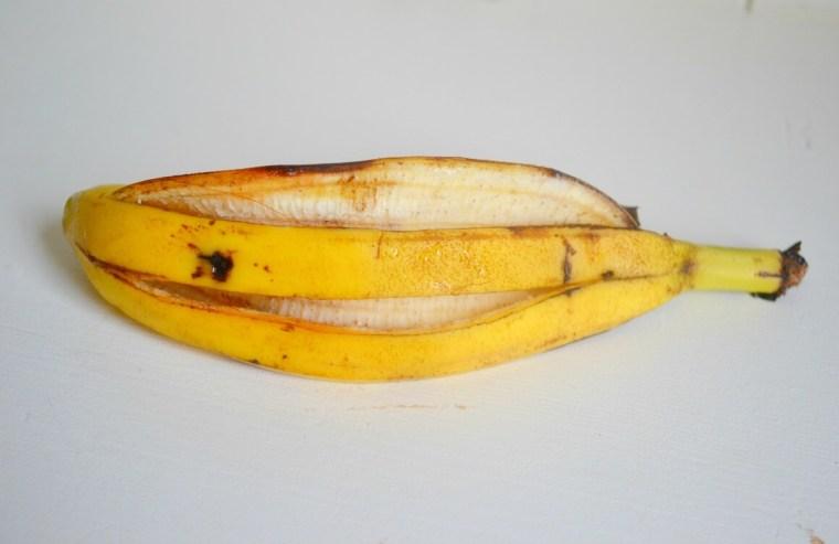 reuse banana peels