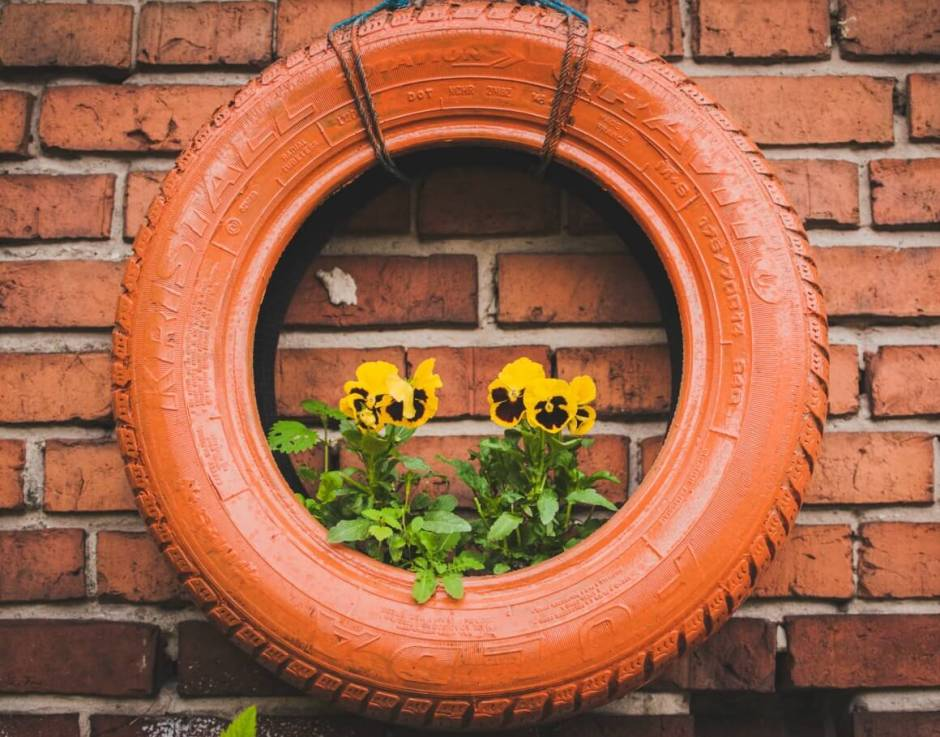 Recycled tire for the garden