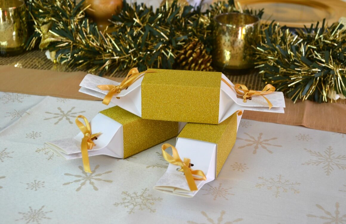 Reusable Christmas Crackers - Zero Waste Lifestyle