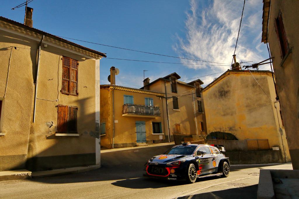 El éxito en el Power Stage sirve de consuelo para Hyundai Motorsport en Montecarlo