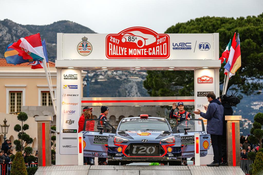 Primeros puntos de la temporada para Dani Sordo en Monte-Carlo