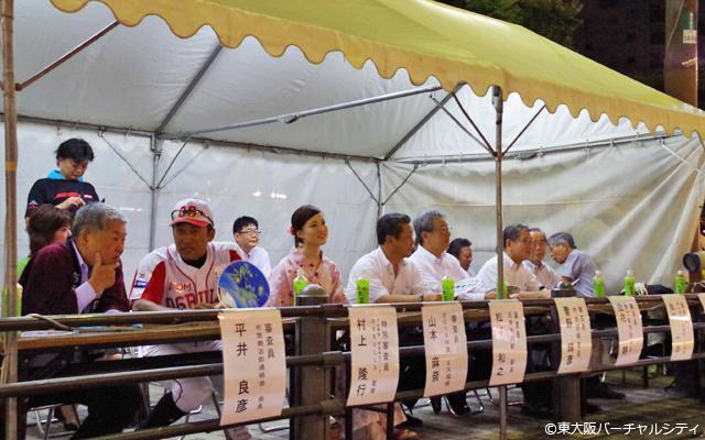 審査委員:村上監督 布施まつり 盆踊り大会