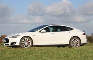 Tesla-Model-S-web