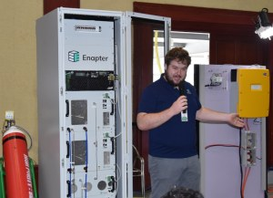 Jan-Justus Schmidt explains the completed Microgrid.