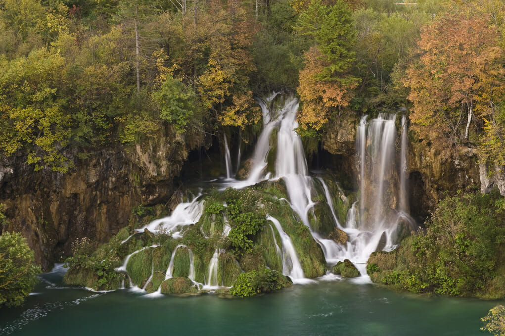 photo: beautiful waterfalls. We're in a global water crisis. It's time to turn to nature