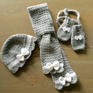 Baby Mutsje Sjaal Sjaaltje Setje