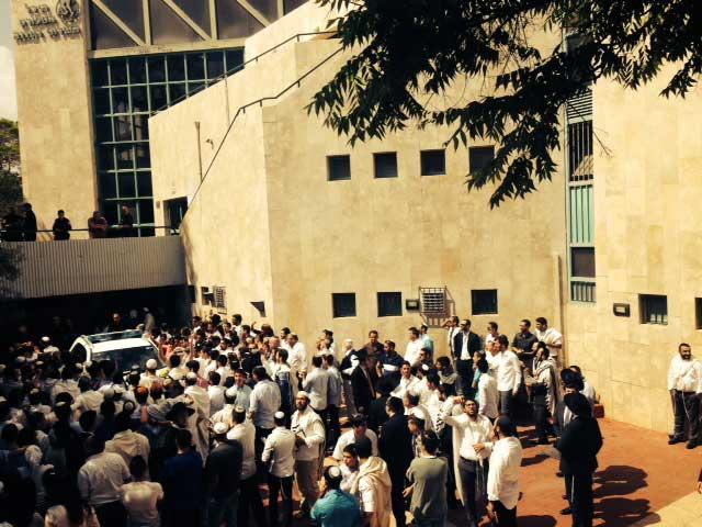 A cena fora do seminário, 2 de maio de 2015. (Allison Kaplan Sommer)