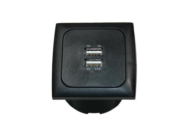 USB vierkant 3.1 amp. + afdekraam + isods ZWART C-Line