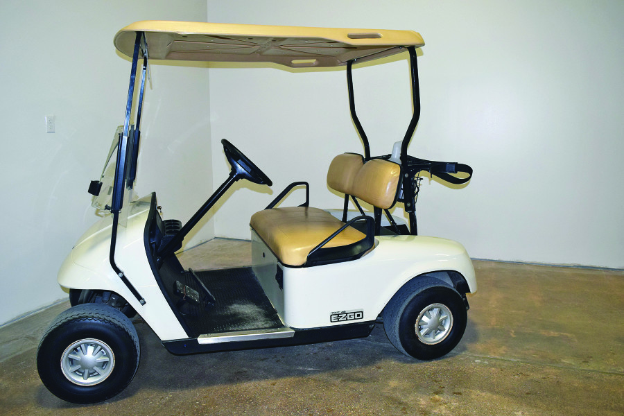 E-Z-GO TXT Golf Cart