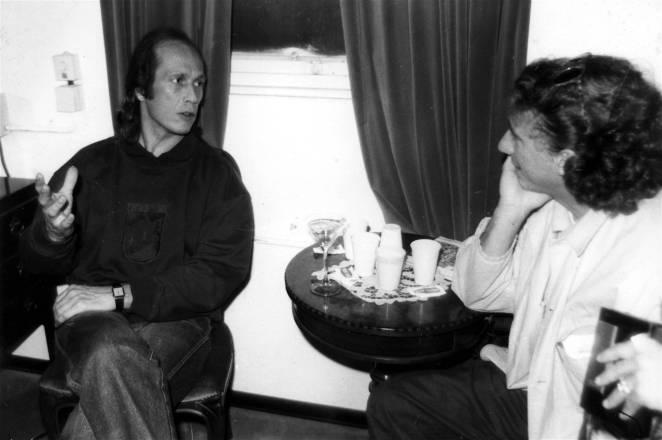 Stefano Cavallini intervista Paco de Lucia a Genova prima di un concerto - 1989
