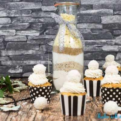 Raffaello Muffins- ein weißer Kokostraum- auch als Backmischung im Glas