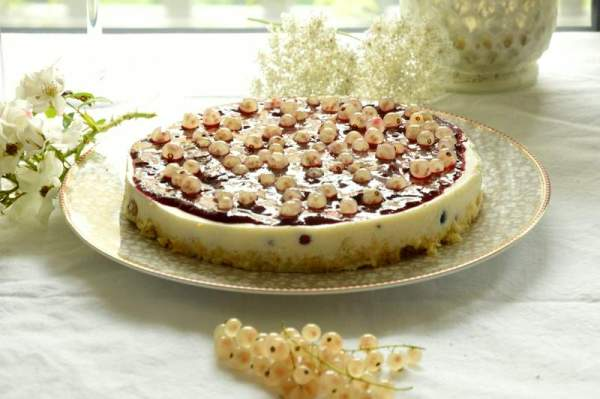 Low Carb Beeren Torte