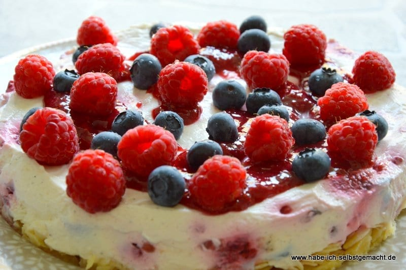 No Bake Himbeer Quark Torte