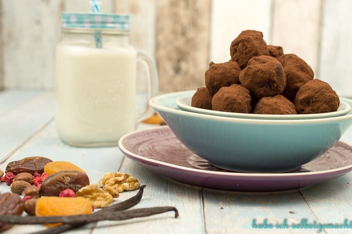 low-carb-energy-balls