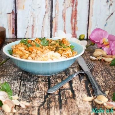 Erdnuss Hähnchen Thai Curry