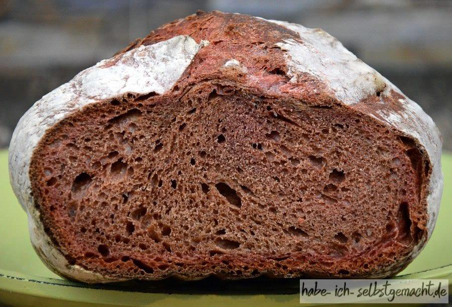 Weizen-Rote-Beete-Brot - Krume