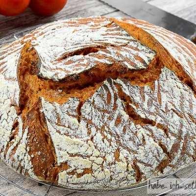 Brot #14 – Saftiges Sauerteigbrot mit Tomatensaft (Tomatenbrot)