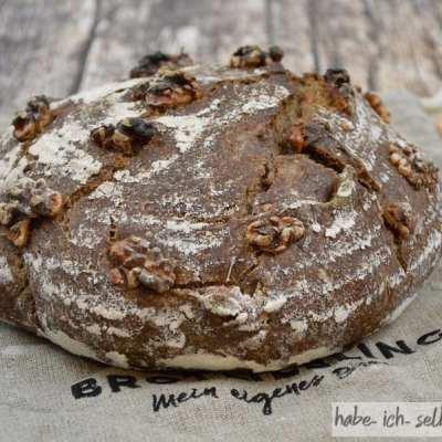 Weizen-Walnuss-Brot