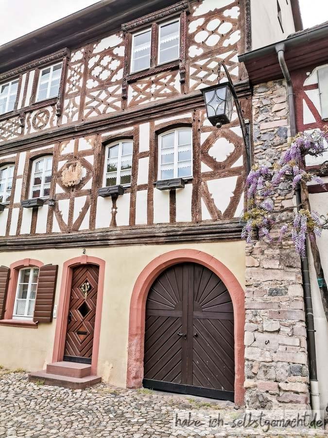Alte Fachwerkhäuser in Burkheim