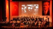 Senfoni'den Ata'yı anma konseri
