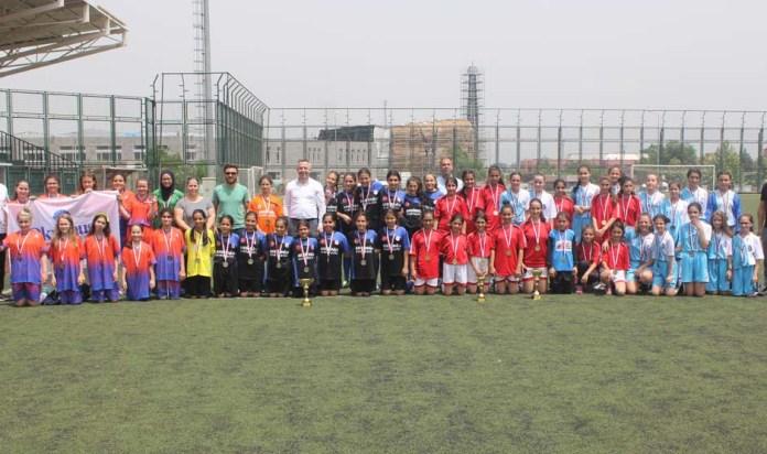 2. Küme Küçük Kızlar futbol müsabakaları sona erdi