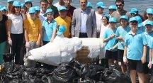 Mudanya'da toplanan çöpler heykel oldu