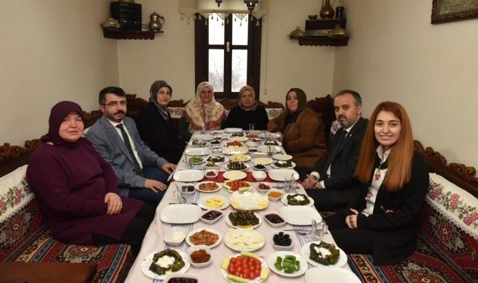 Aktaş:Kadınlarımız Bursa'nın gücüne güç katıyor