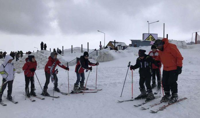 Kayak-Snowboard kampları 23 Ocak'ta Uludağ'da başlıyor