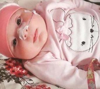 SMA hastası minik Eflin Lina hayata tutunmak istiyor