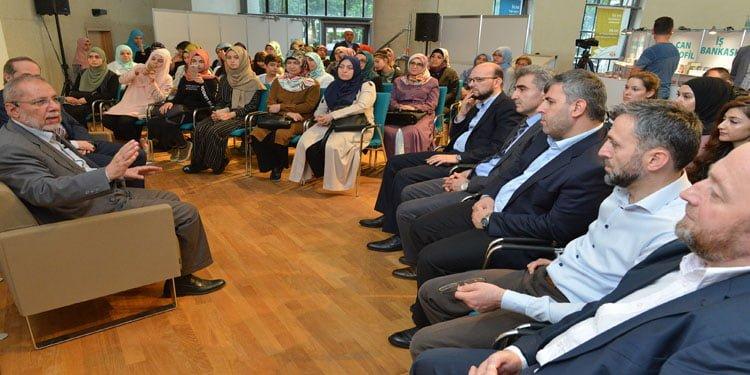 """DİTİB """"Kitap ve Kültür Fuarı"""" etkinlikleri dolu dolu geçiyor"""